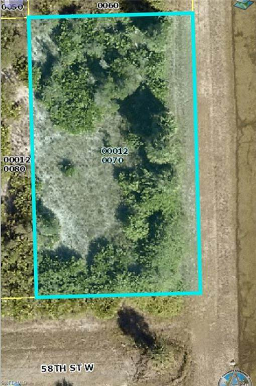 2900 58th Street W, Lehigh Acres, FL 33971 (MLS #221055922) :: Waterfront Realty Group, INC.