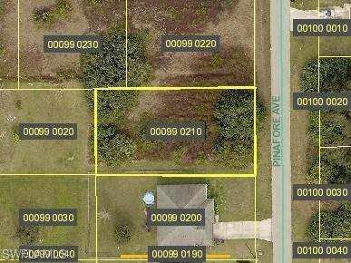 416 Pinafore Avenue, Lehigh Acres, FL 33974 (MLS #221056148) :: Realty One Group Connections