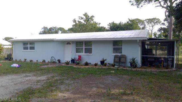 210 3rd Street, Fort Myers, FL 33907 (MLS #221065462) :: Waterfront Realty Group, INC.