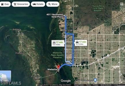 4015 NW 42nd Avenue, Cape Coral, FL 33993 (MLS #221067856) :: Team Swanbeck