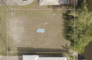 4609 SW 11th Avenue, Cape Coral, FL 33914 (MLS #221068147) :: Clausen Properties, Inc.