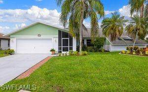 3435 SW 5th Place, Cape Coral, FL 33914 (MLS #221068661) :: Team Swanbeck