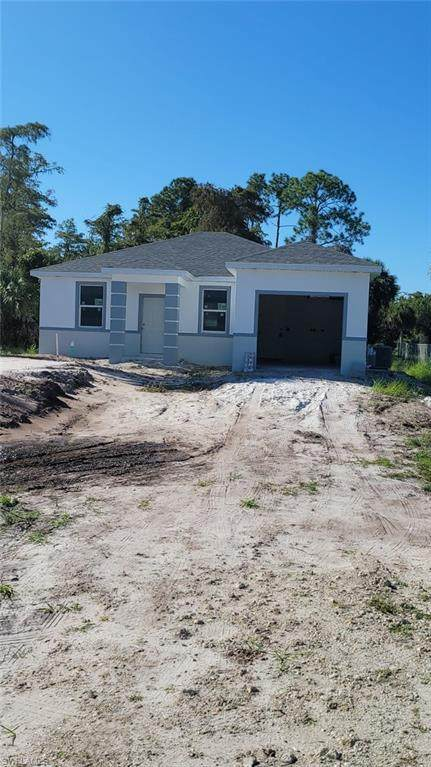 2922 12th Avenue SE, Naples, FL 34117 (MLS #221069021) :: Wentworth Realty Group