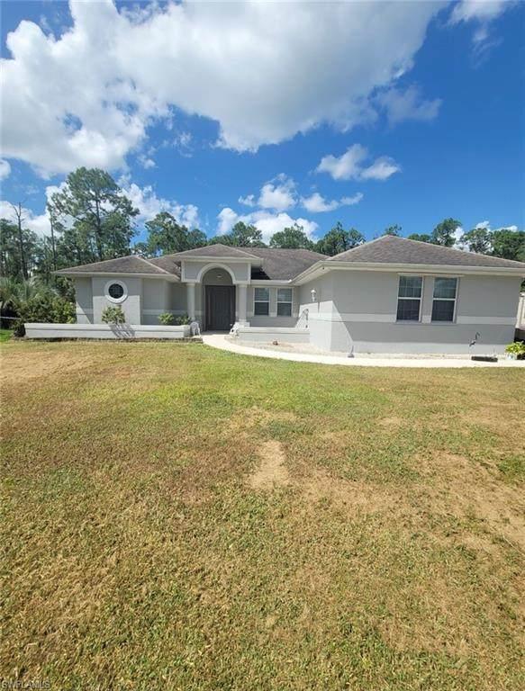 1109 Thompson Avenue, Lehigh Acres, FL 33972 (MLS #221070686) :: #1 Real Estate Services