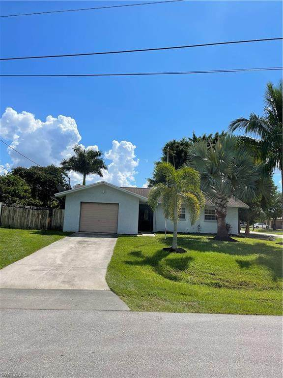 1718 SE 14th Terrace, Cape Coral, FL 33990 (MLS #221071094) :: Waterfront Realty Group, INC.