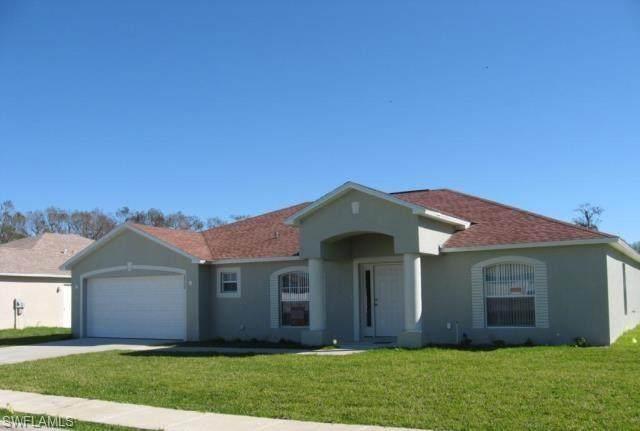 2750 Soaring Hawk Drive, Fort Myers, FL 33905 (MLS #221071101) :: #1 Real Estate Services