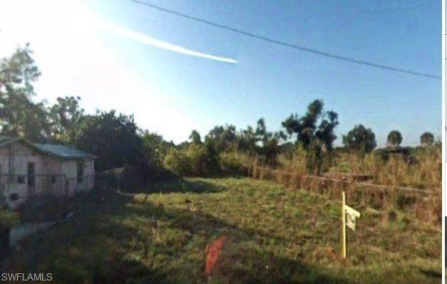 23114 Avenue D, Alva, FL 33920 (MLS #221073178) :: Medway Realty