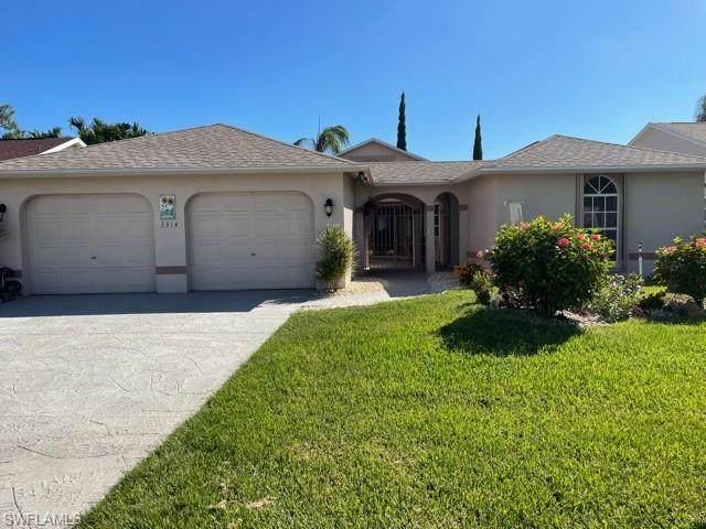 3314 Clubview Drive, North Fort Myers, FL 33917 (MLS #221074532) :: Crimaldi and Associates, LLC