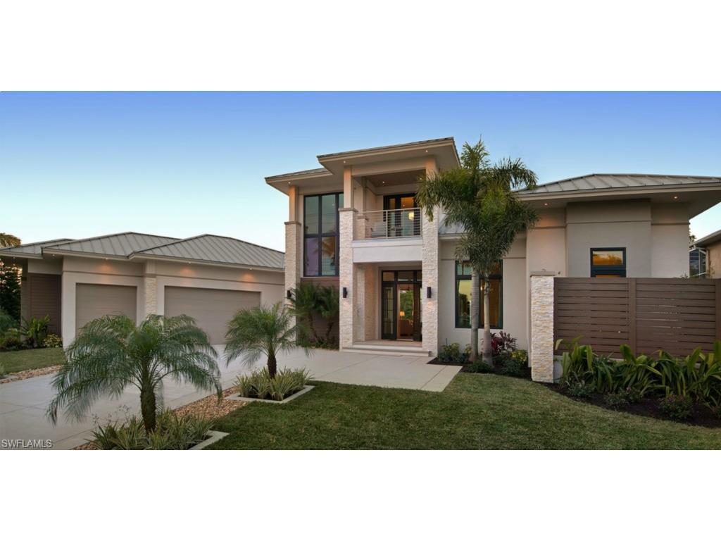 1625 El Dorado Pky W, Cape Coral, FL 33914 (MLS #215010136) :: The New Home Spot, Inc.