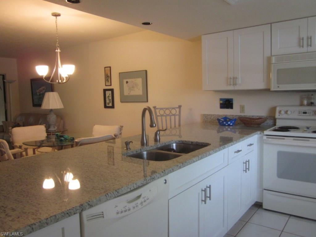 4230 SE 20th Pl #203, Cape Coral, FL 33904 (MLS #215037911) :: The New Home Spot, Inc.
