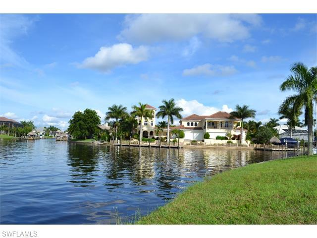 1401 SW 49th St, Cape Coral, FL 33914 (#215052508) :: Homes and Land Brokers, Inc