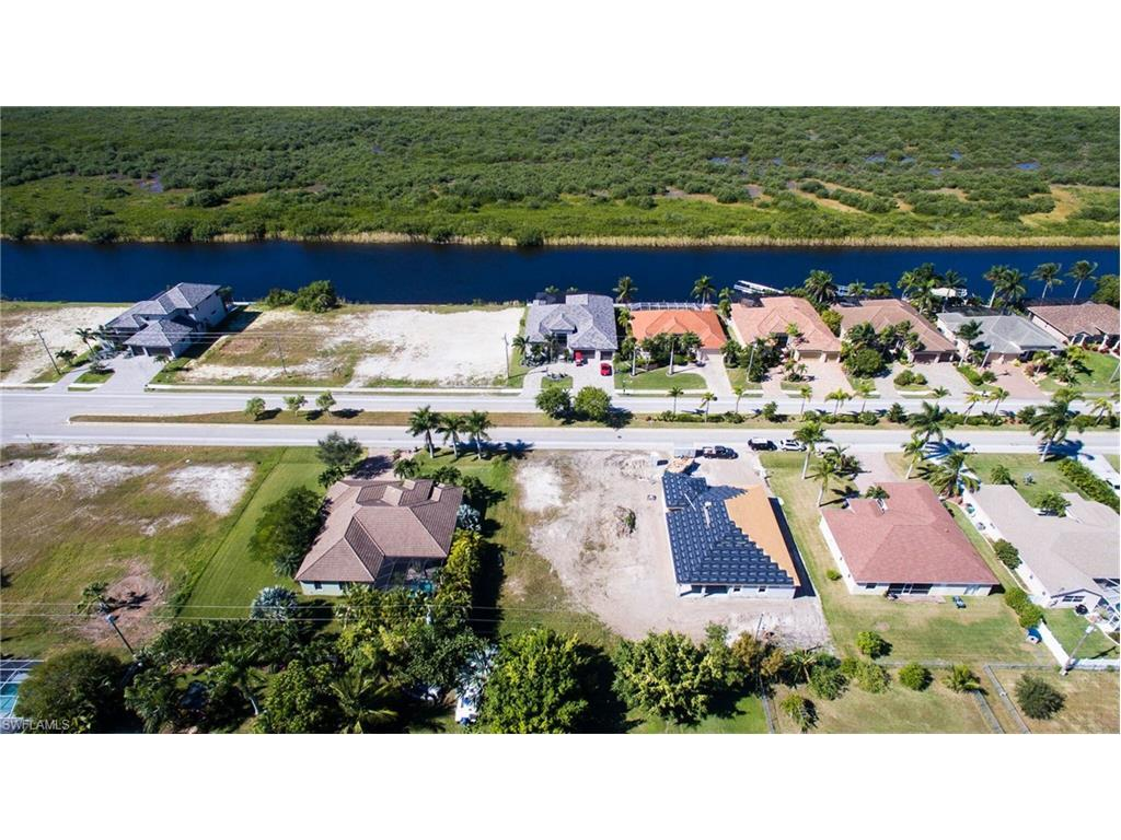 3407 Surfside Blvd, Cape Coral, FL 33914 (#215059263) :: Homes and Land Brokers, Inc