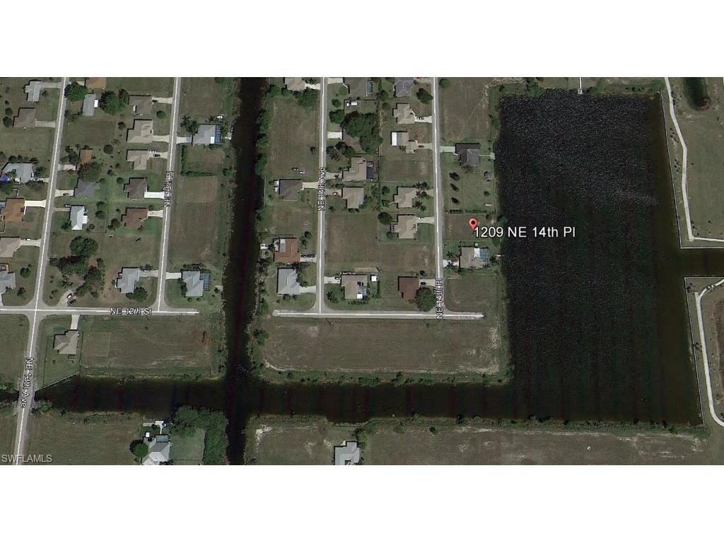 1209 NE 14th Pl, Cape Coral, FL 33909 (MLS #215060399) :: The New Home Spot, Inc.