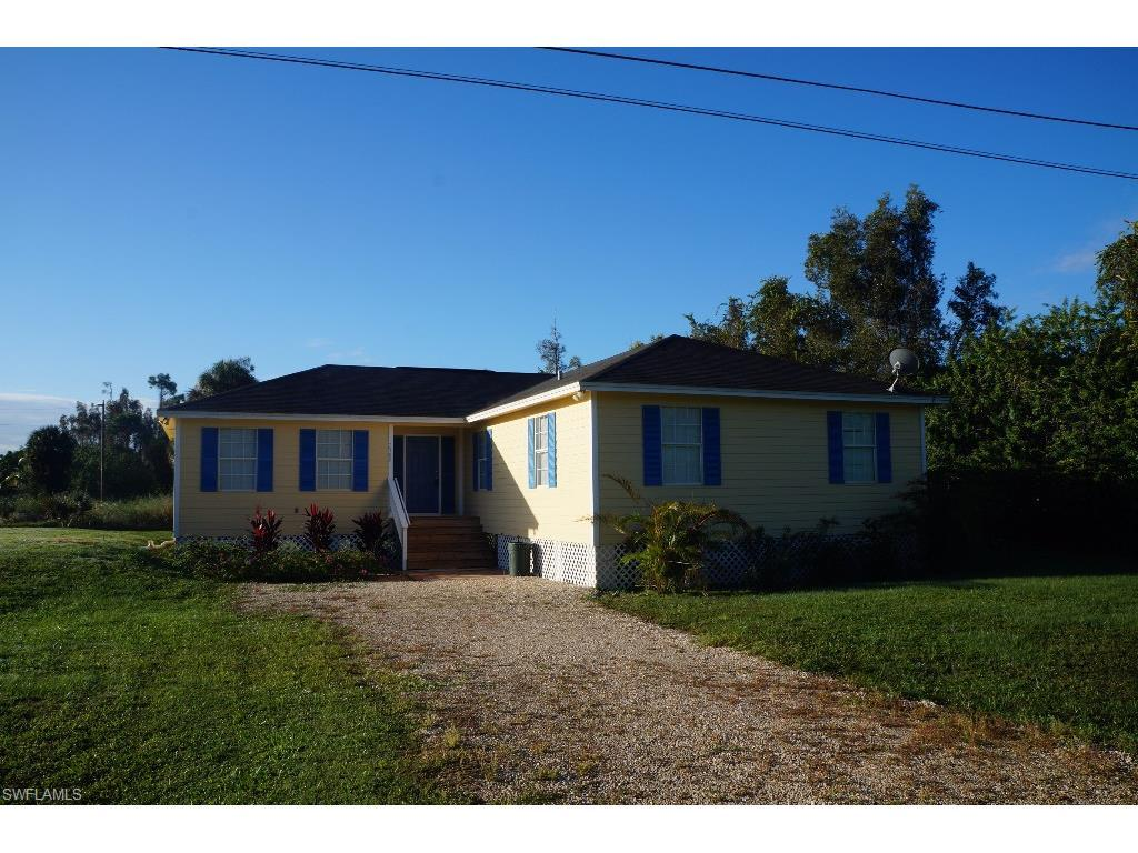 7309 Kreamers Dr, Bokeelia, FL 33922 (MLS #215061045) :: The New Home Spot, Inc.