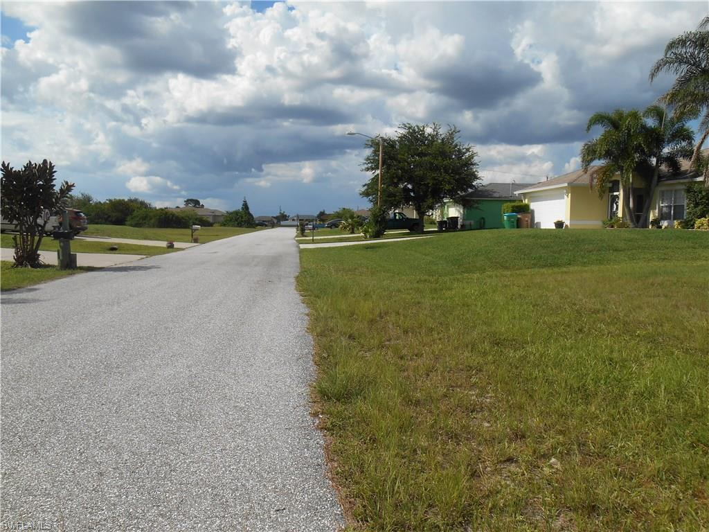 921 NW 6th Ave, Cape Coral, FL 33993 (MLS #215061342) :: The New Home Spot, Inc.