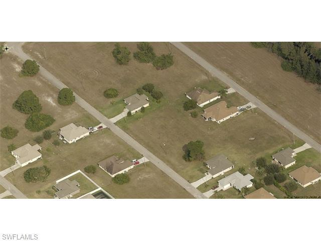 4213 NE 22nd Pl, Cape Coral, FL 33909 (#215065349) :: Homes and Land Brokers, Inc