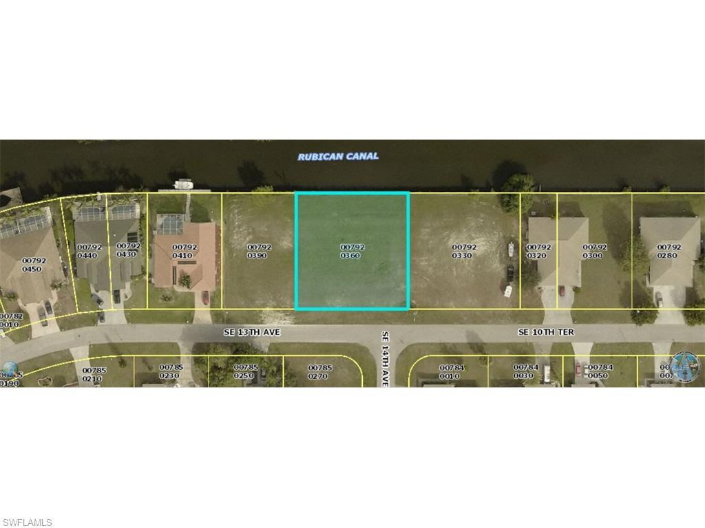 1319 SE 10th Ter, Cape Coral, FL 33990 (#215066767) :: Homes and Land Brokers, Inc