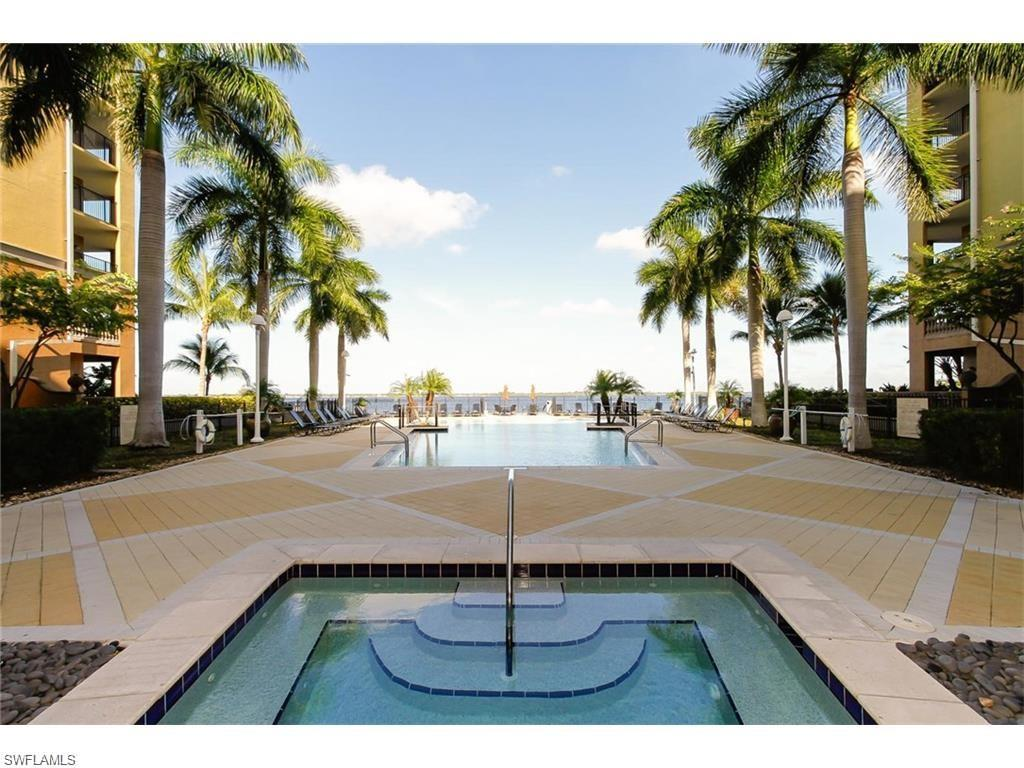 2825 Palm Beach Blvd #303, Fort Myers, FL 33916 (MLS #215072213) :: The New Home Spot, Inc.