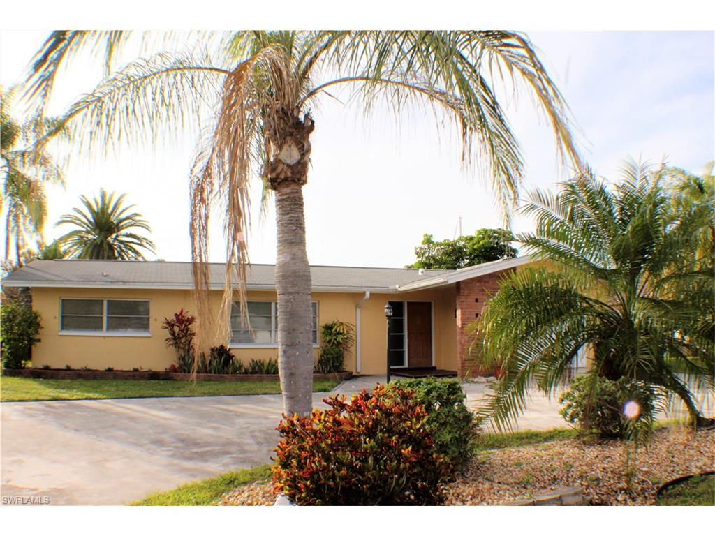 5122 SW 3rd Ave, Cape Coral, FL 33914 (MLS #216000758) :: The New Home Spot, Inc.