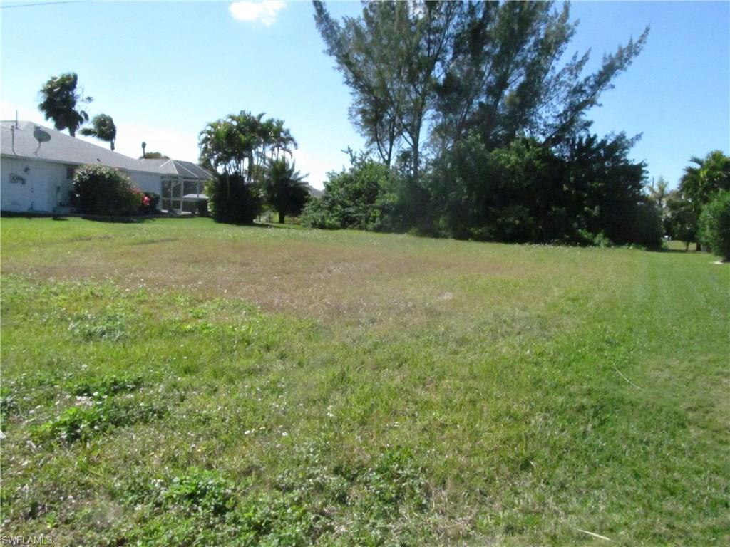 4616 SW 17th Ave, Cape Coral, FL 33914 (#216015135) :: Homes and Land Brokers, Inc