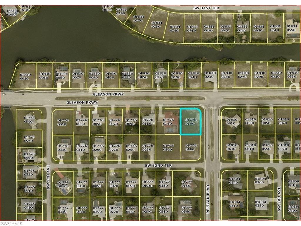 402 Gleason Pky, Cape Coral, FL 33914 (#216015653) :: Homes and Land Brokers, Inc
