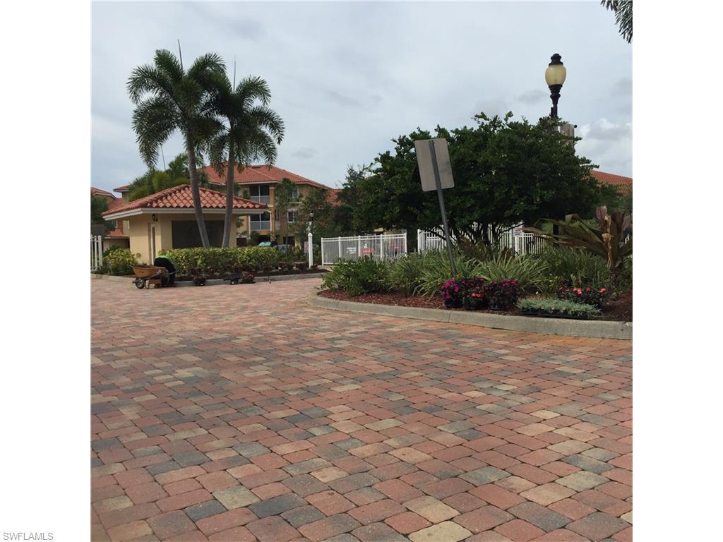 13160 Bella Casa Cir #1107, Fort Myers, FL 33966 (#216017440) :: Homes and Land Brokers, Inc