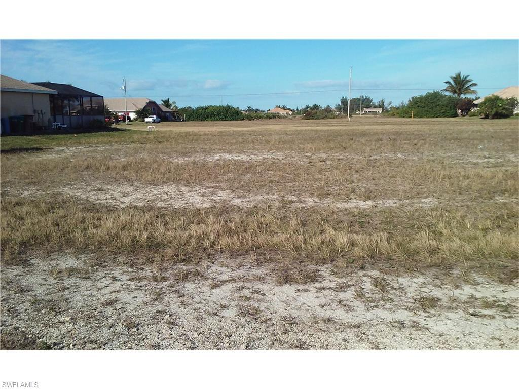 1038 NW 37th Ave, Cape Coral, FL 33993 (#216017694) :: Homes and Land Brokers, Inc