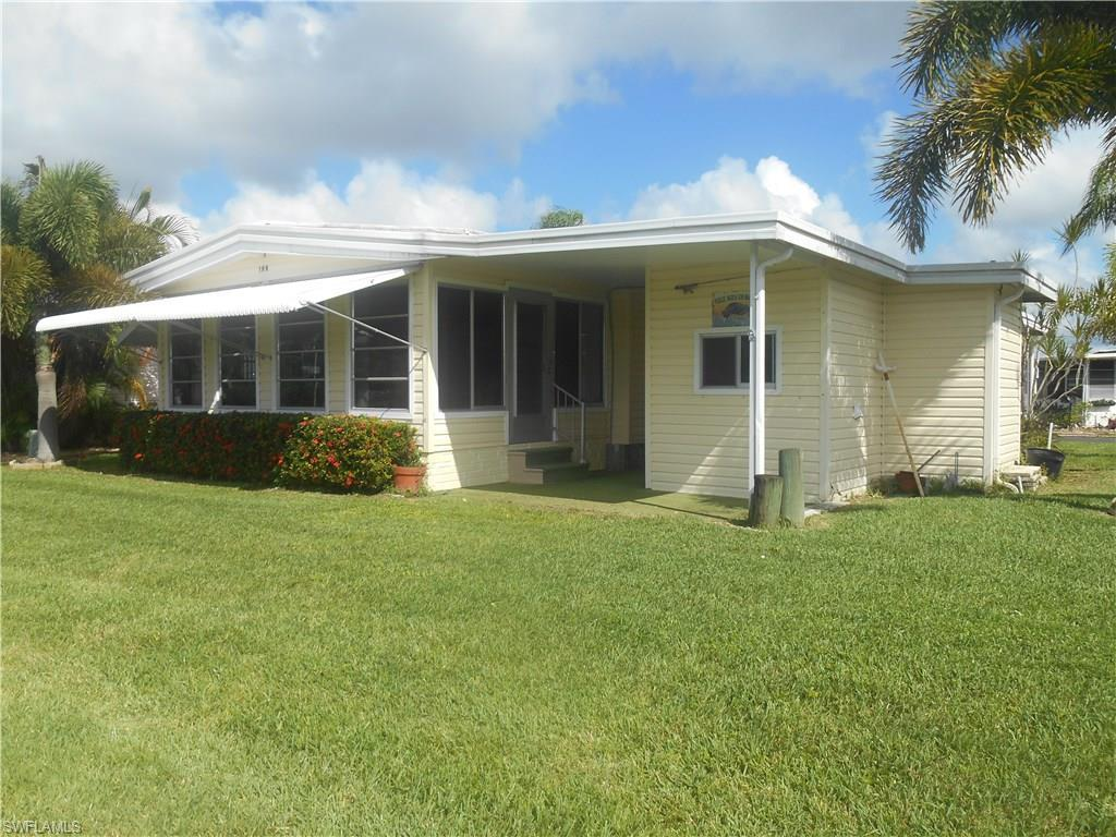 199 Sun Cir E, Fort Myers, FL 33905 (MLS #216019250) :: The New Home Spot, Inc.