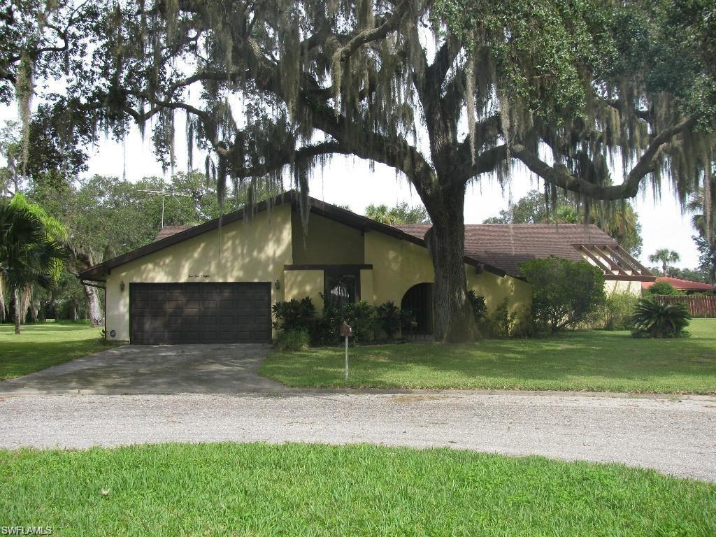 4508 Fire Ct, Labelle, FL 33935 (MLS #216021402) :: The New Home Spot, Inc.