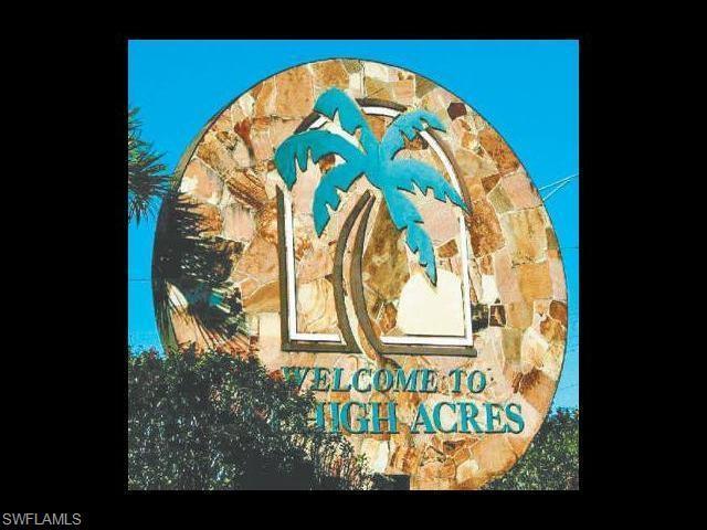 1203 Chrysler St, Lehigh Acres, FL 33974 (MLS #216021748) :: The New Home Spot, Inc.