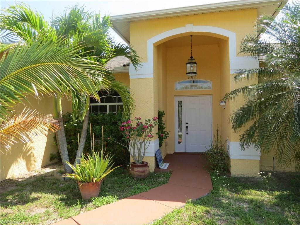 1805 NW 24th Pl, Cape Coral, FL 33993 (MLS #216023866) :: The New Home Spot, Inc.
