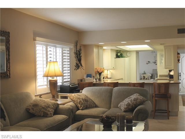 4263 Bay Beach Ln #417, Fort Myers Beach, FL 33931 (#216025973) :: Homes and Land Brokers, Inc