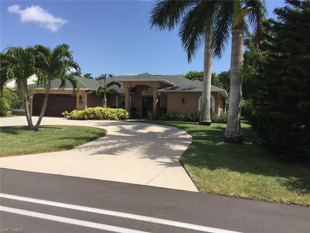 606 El Dorado Pky W, Cape Coral, FL 33914 (#216028594) :: Homes and Land Brokers, Inc