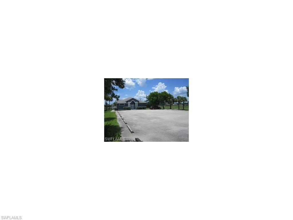3525 Edison Ave, Fort Myers, FL 33916 (MLS #216029766) :: The New Home Spot, Inc.