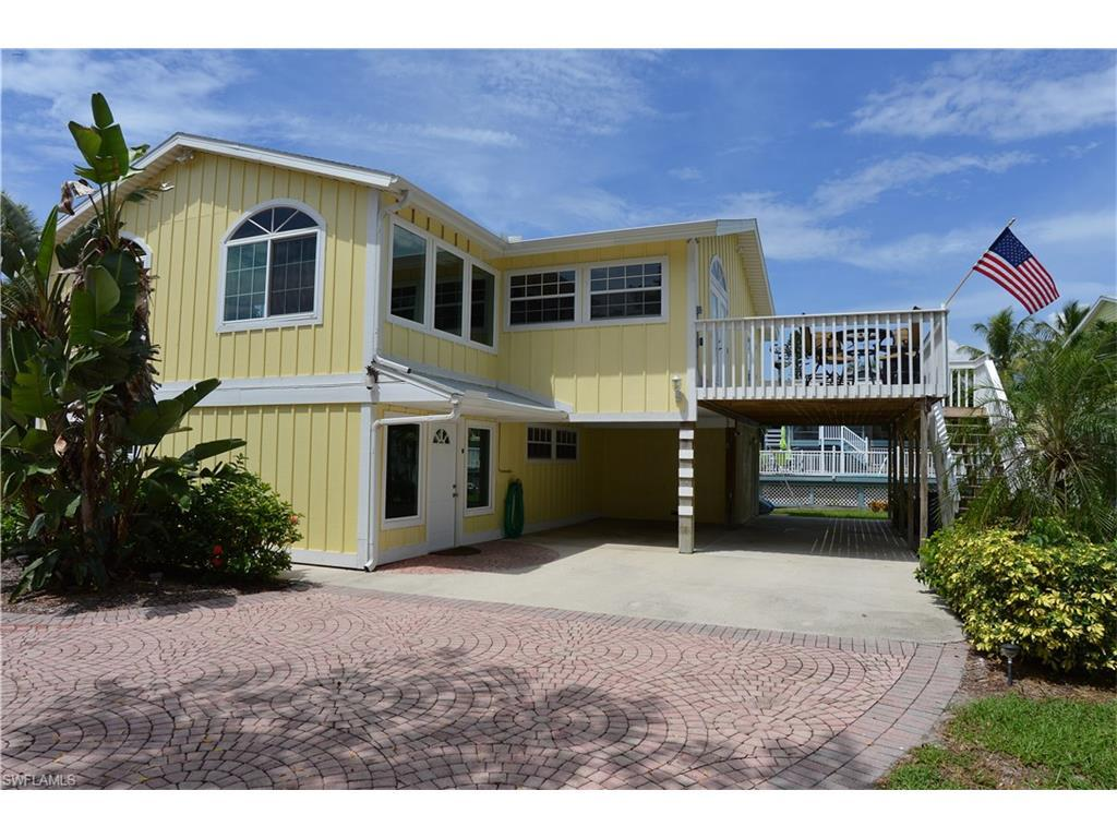 135 Gulfview Ave, Fort Myers Beach, FL 33931 (MLS #216029929) :: The New Home Spot, Inc.