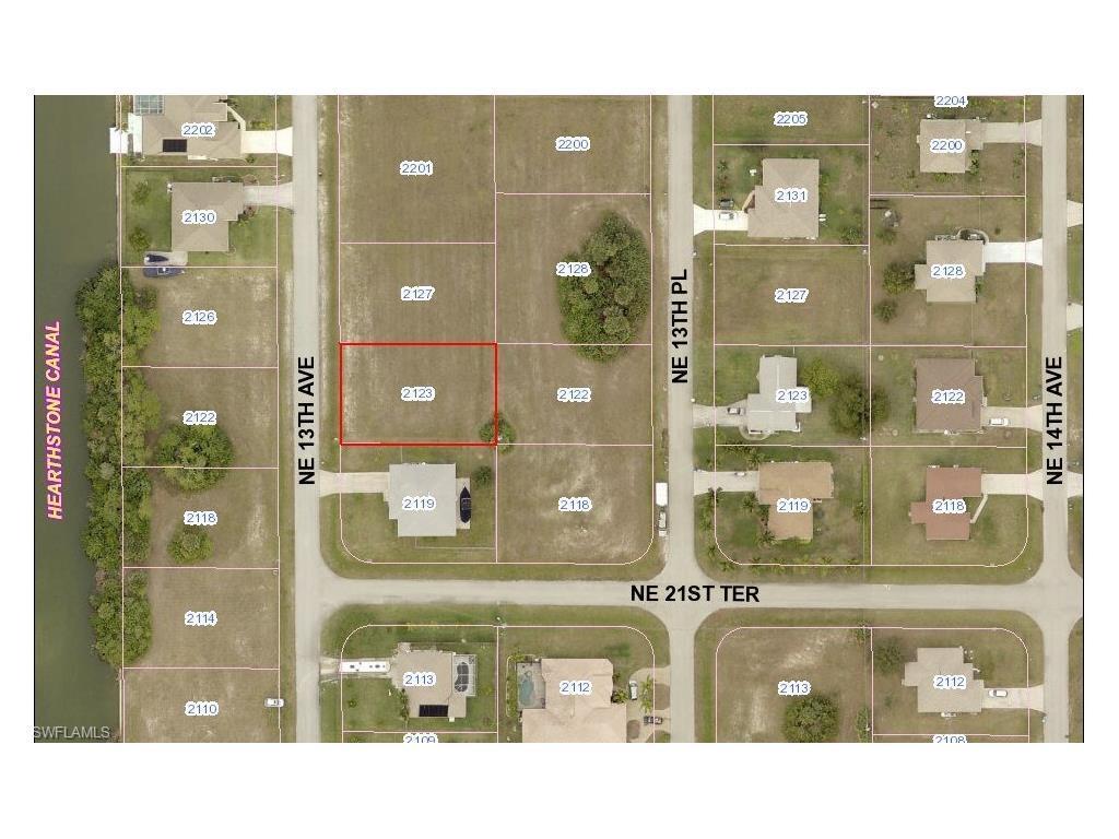 2123 NE 13th Ave, Cape Coral, FL 33909 (MLS #216029938) :: The New Home Spot, Inc.