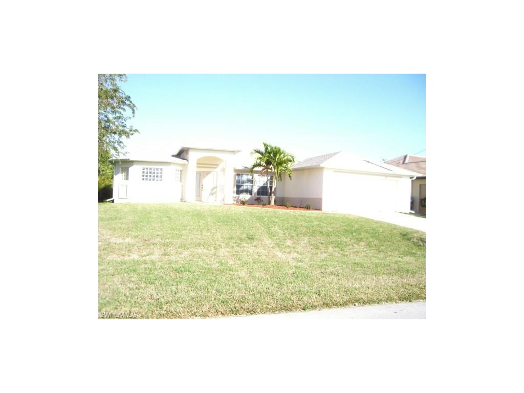 4351 SW 19th Pl, Cape Coral, FL 33914 (#216030849) :: Homes and Land Brokers, Inc