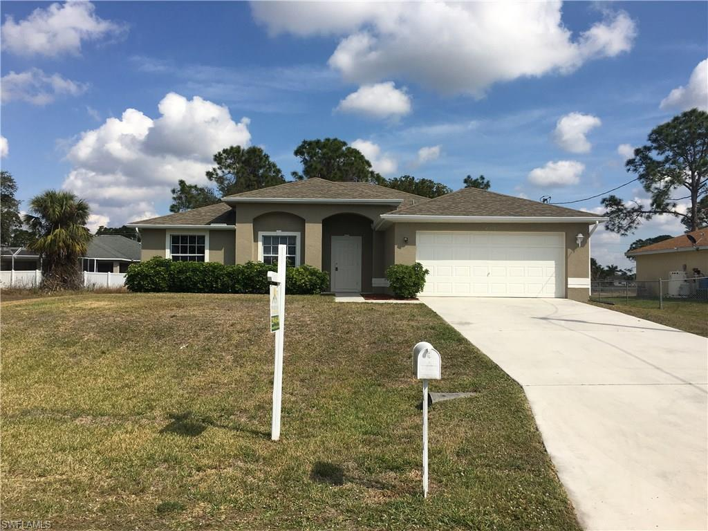 4109 NE 19th Pl, Cape Coral, FL 33909 (#216033939) :: Homes and Land Brokers, Inc