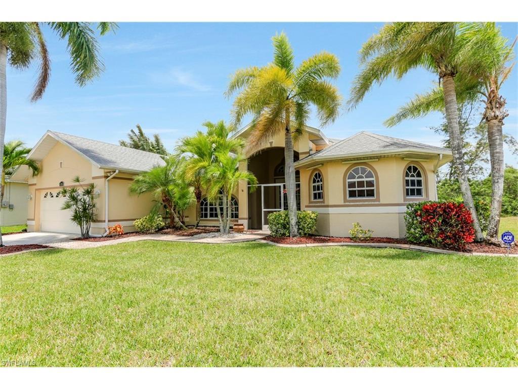 4005 SW 17th Pl, Cape Coral, FL 33914 (MLS #216034605) :: The New Home Spot, Inc.