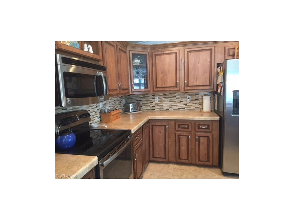 131 Cortez Way, Fort Myers Beach, FL 33931 (#216036243) :: Homes and Land Brokers, Inc