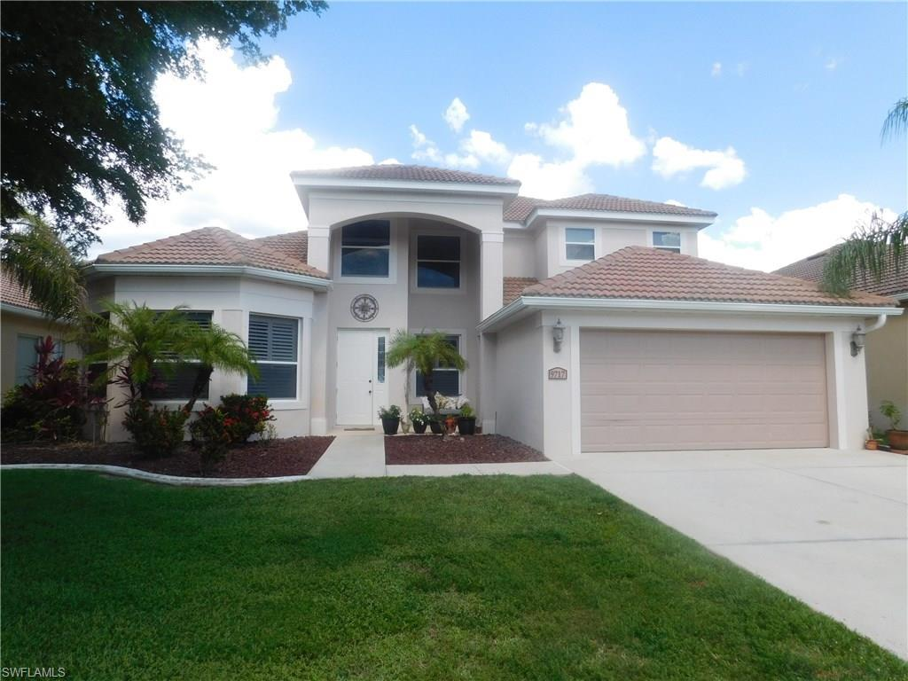 9717 Blue Stone Cir, Fort Myers, FL 33913 (MLS #216036735) :: The New Home Spot, Inc.