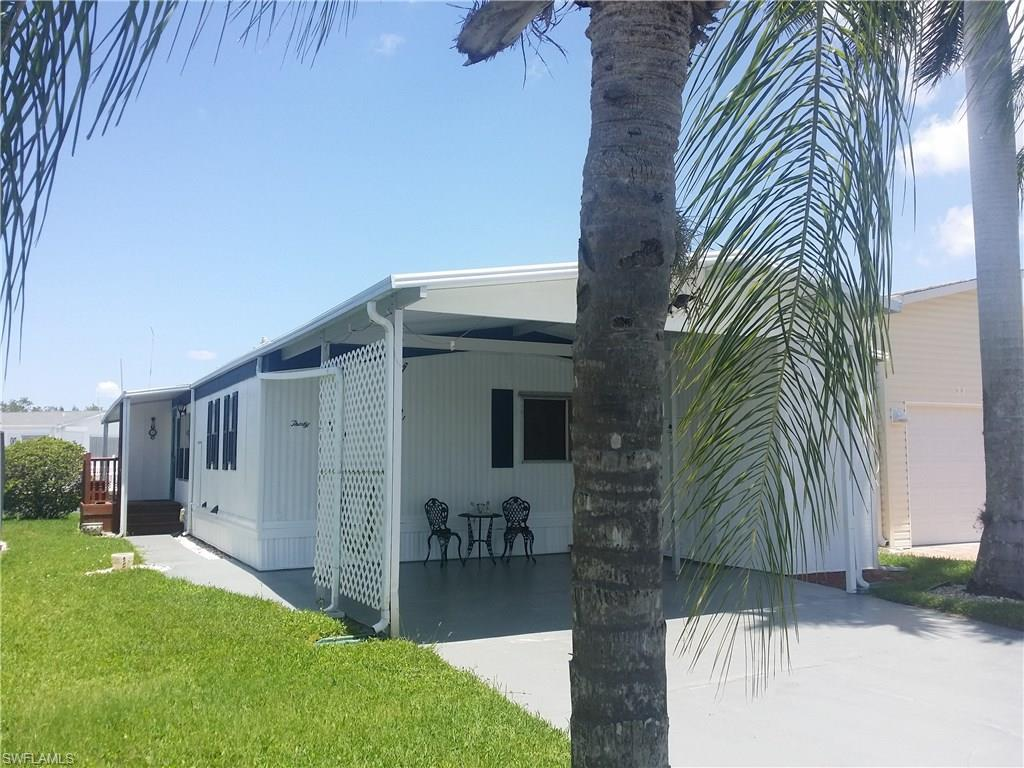 30 Doubloon Way, Fort Myers Beach, FL 33931 (MLS #216036999) :: The New Home Spot, Inc.