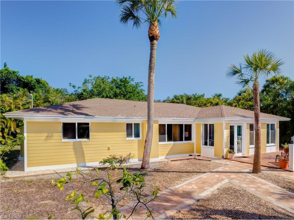 1746 Windward Way, Sanibel, FL 33957 (MLS #216037710) :: The New Home Spot, Inc.
