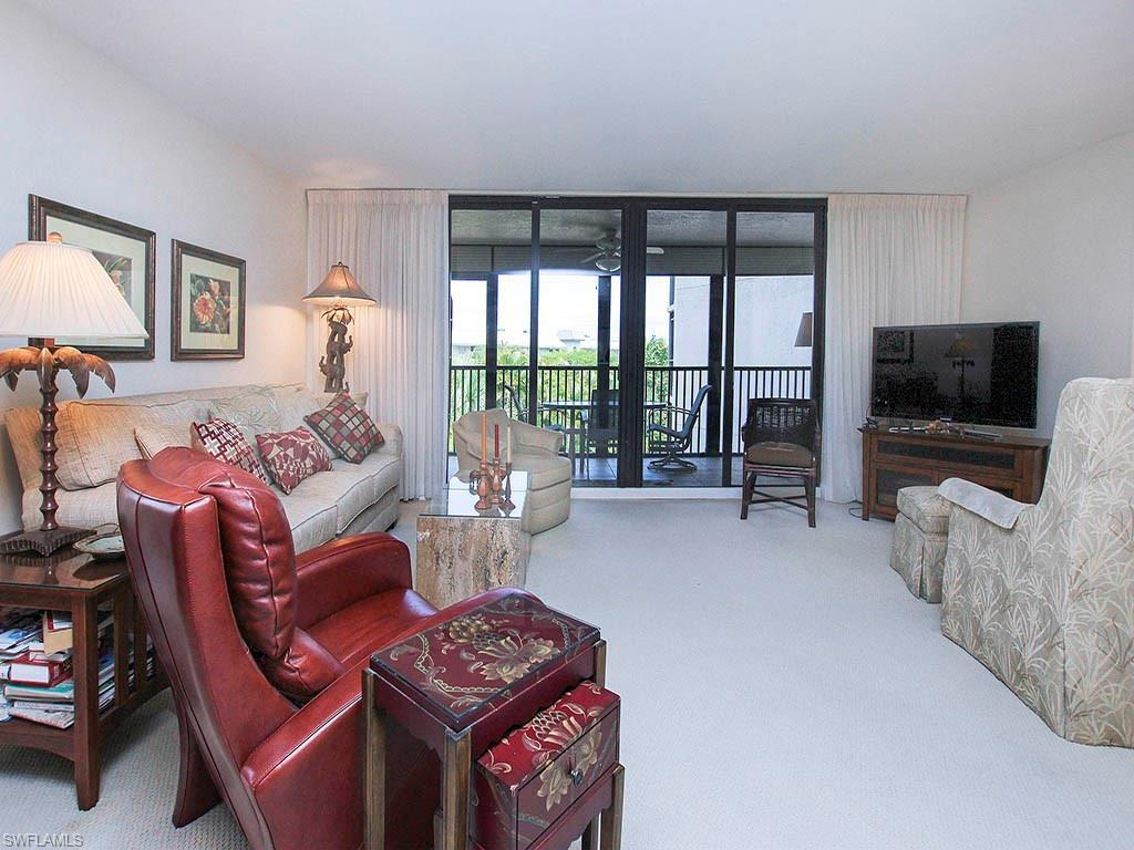 1299 Middle Gulf Dr #222, Sanibel, FL 33957 (MLS #216038392) :: The New Home Spot, Inc.