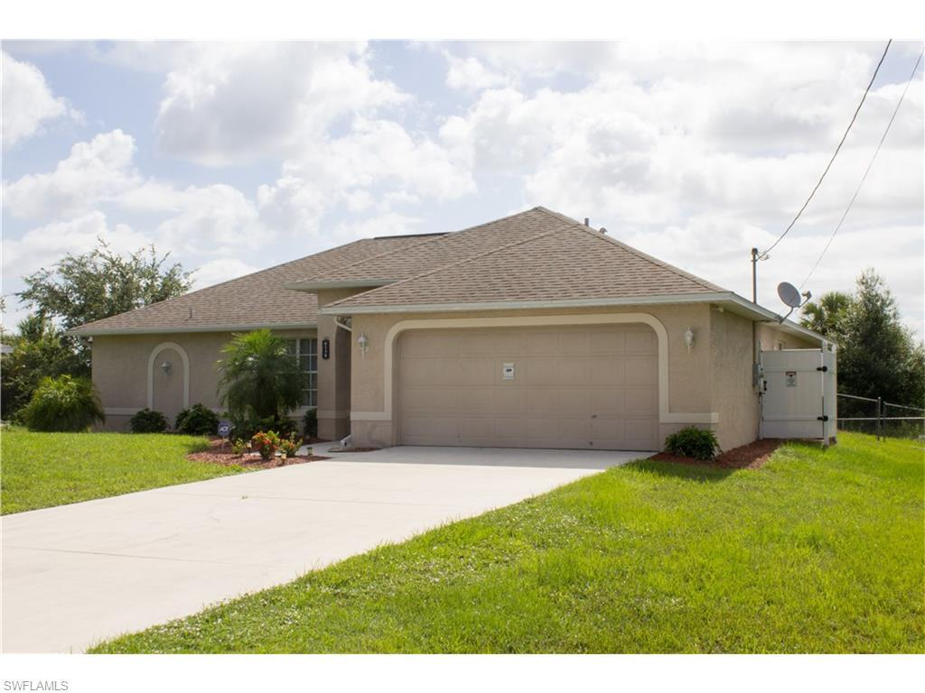 6138 Laurelwood Dr, Fort Myers, FL 33905 (#216039174) :: Homes and Land Brokers, Inc