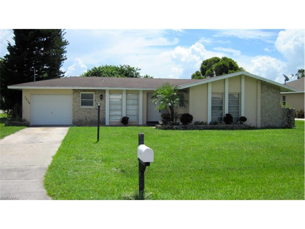 3419 SE 4th Pl, Cape Coral, FL 33904 (MLS #216039914) :: The New Home Spot, Inc.