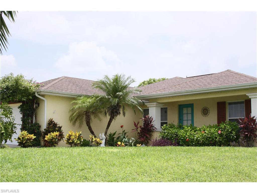 1324 NE 14th Ave, Cape Coral, FL 33909 (#216040372) :: Homes and Land Brokers, Inc