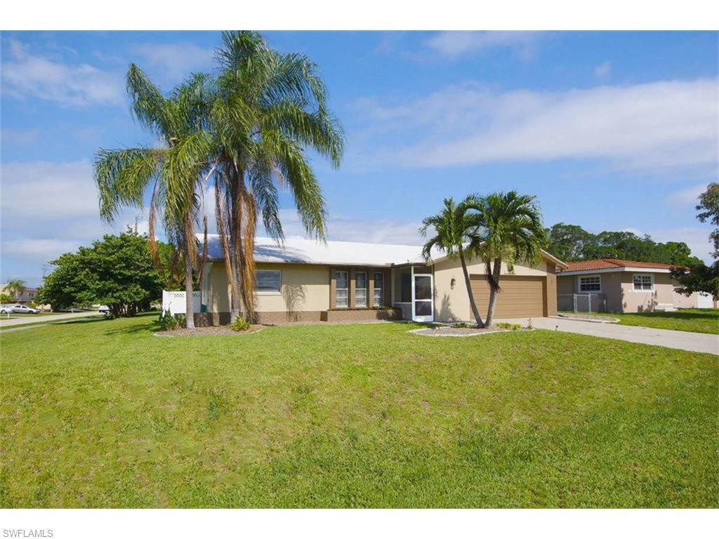 4536 SE 14th Pl, Cape Coral, FL 33904 (MLS #216041232) :: The New Home Spot, Inc.