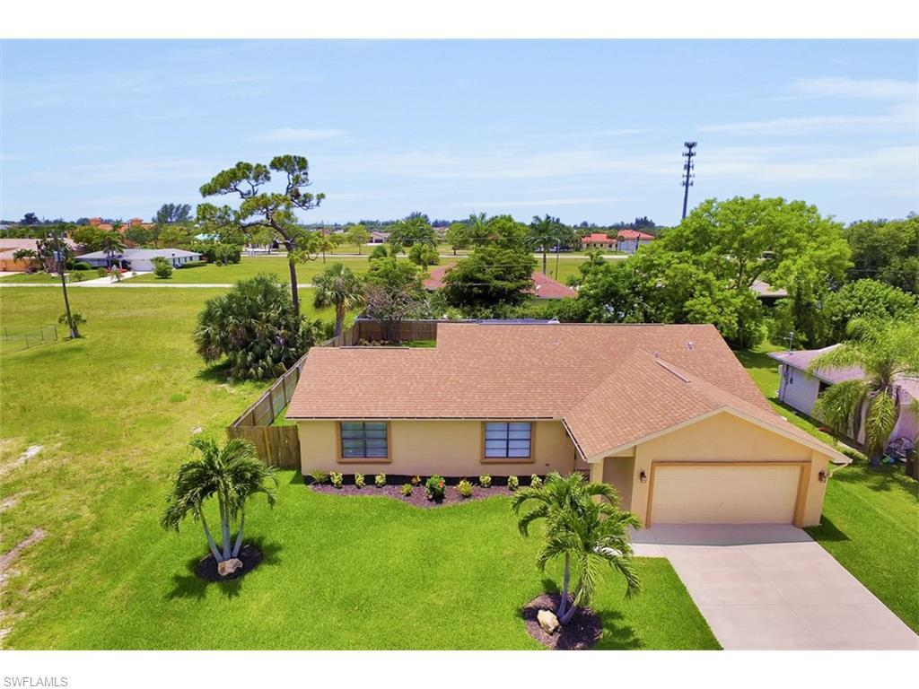 4612 SW 15th Ave, Cape Coral, FL 33914 (MLS #216041254) :: The New Home Spot, Inc.