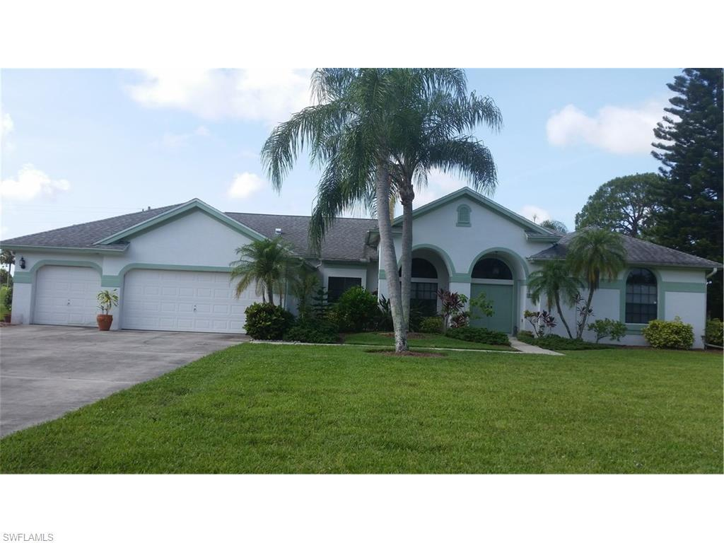 694 Milwaukee Blvd, Lehigh Acres, FL 33974 (#216042327) :: Homes and Land Brokers, Inc